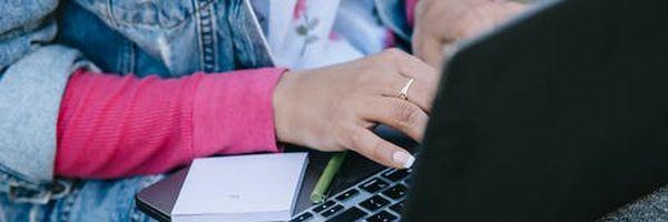 Naver compra Wattpad — De quem são os direitos autorais sobre as fanfics? Do escritor ou da plataforma?
