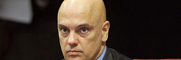 Ministro Alexandre de Moraes suspende nomeação de Alexandre Ramagem para o comando da PF