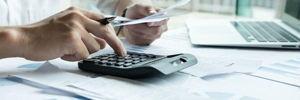 Vale a pena estudar para concursos da carreira fiscal?