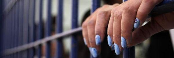 STJ - Ministro determina transferência de travesti para ala feminina de presídio