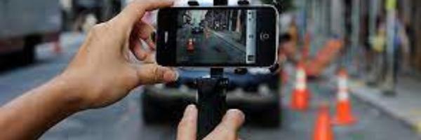 Posso filmar uma abordagem policial ou blitz de trânsito usando o celular?