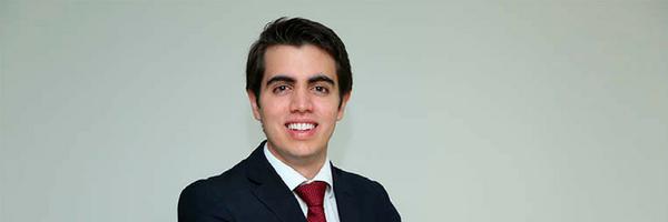 O mais jovem advogado do país tem 18 anos e é de Brasília