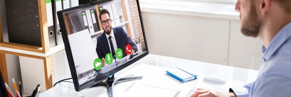 A pedido de uma das partes, TRT suspende audiência de instrução por videoconferência