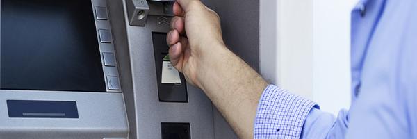 Clonaram meus dados bancários. Posso responsabilizar o banco?