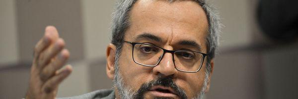 """Ministro da Educação, Weintraub disse que colocaria """"vagabundos"""" do STF na cadeia"""