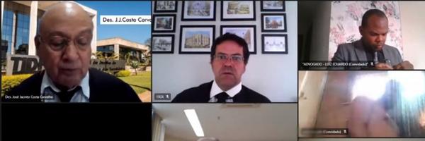 VÍDEO: advogado aparece tomando banho durante julgamento online no Tribunal de Justiça do DF