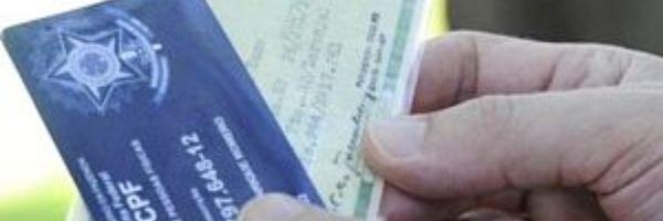 Lojista não causa dano moral por questionar dados de transexual, diz TJ-RS
