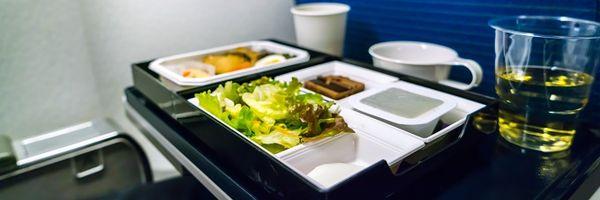 Passageira celíaca será indenizada por falta de alimentação adequada em voo