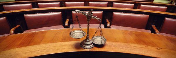 Saiba Como Funciona o Tribunal do Júri e a Importância da Escolha do Advogado Criminalista