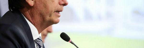 Bolsonaro afirma que estuda acabar com a Justiça Trabalhista