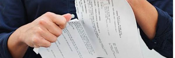 Cliente obrigado a contratar seguro após assinar contrato faz jus à rescisão