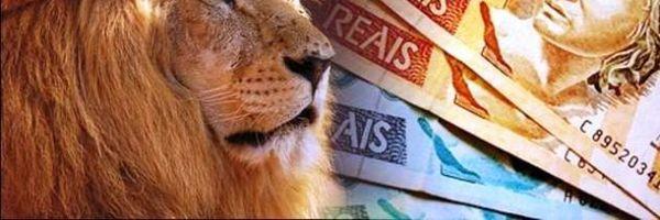 Brasileiros tem direito à isenção do imposto de importação para compras abaixo de 100 dólares