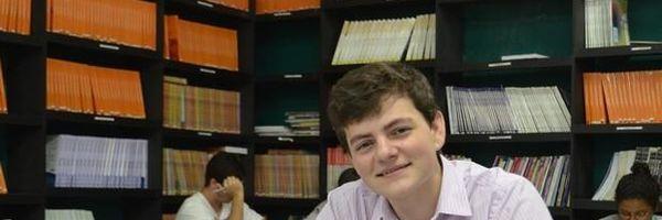 Jovem de 17 anos é aprovado em 2º lugar e toma posse no TRE/RR