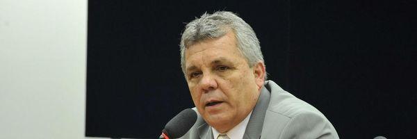 Comissão de Segurança aprova porte de arma para advogados