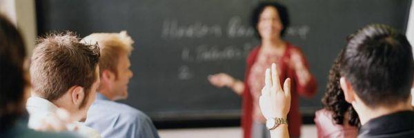 Tribunal autoriza renovação de matrícula de beneficiário do FIES em débito com faculdade