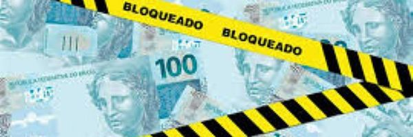 Banco deverá indenizar por bloqueio integral em conta corrente
