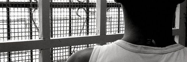 Internação de adolescente não exige número mínimo de infrações, decide STJ