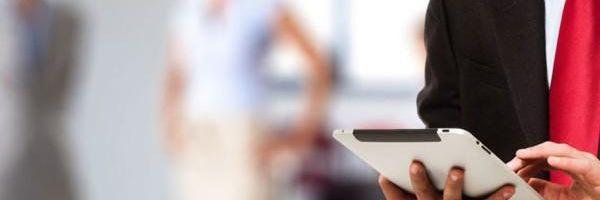 É direito do advogado usar tablet e smartphone em instrução no Juizado