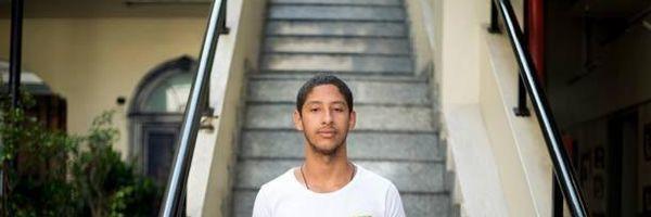 Filho de diarista é aprovado em 1º lugar em Direito na PUC-Rio