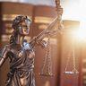 Direitotododia I, Bacharel em Direito