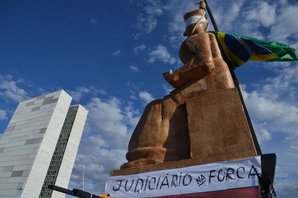 Sobre o Reajuste dos Servidores do Poder Judicirio da Unio
