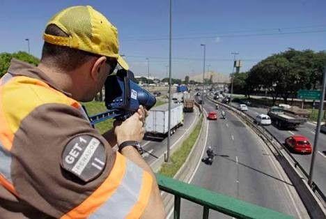 Combate indstria da multa projeto de lei probe vinculao entre remunerao de empresas de radar e valor de multas