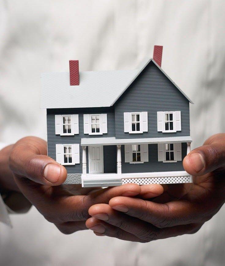 Do dever da restituio imediata e integral das parcelas pagas pelos compradores de imvel