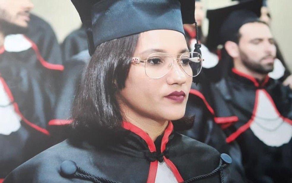 Andreia Tavares se forma em direito em Goinia Foto Andreia Guimares TavaresArquivo pessoal