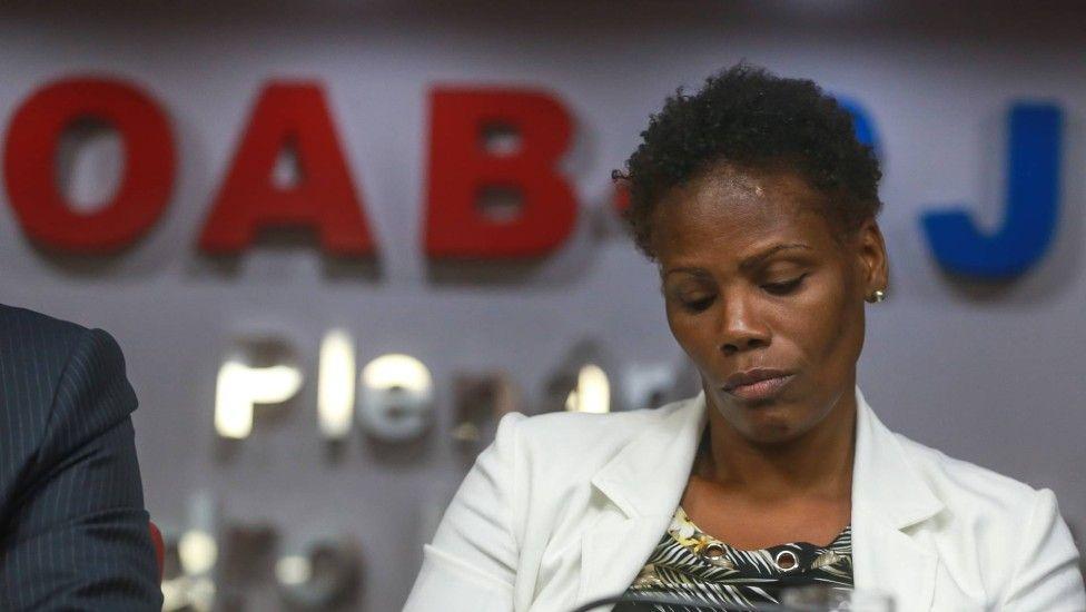 Resultado de imagem para advogada negra algemada
