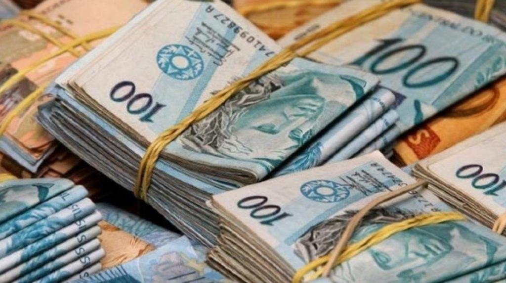 Governo quer acelerar impresso de dinheiro para pagar Auxlio
