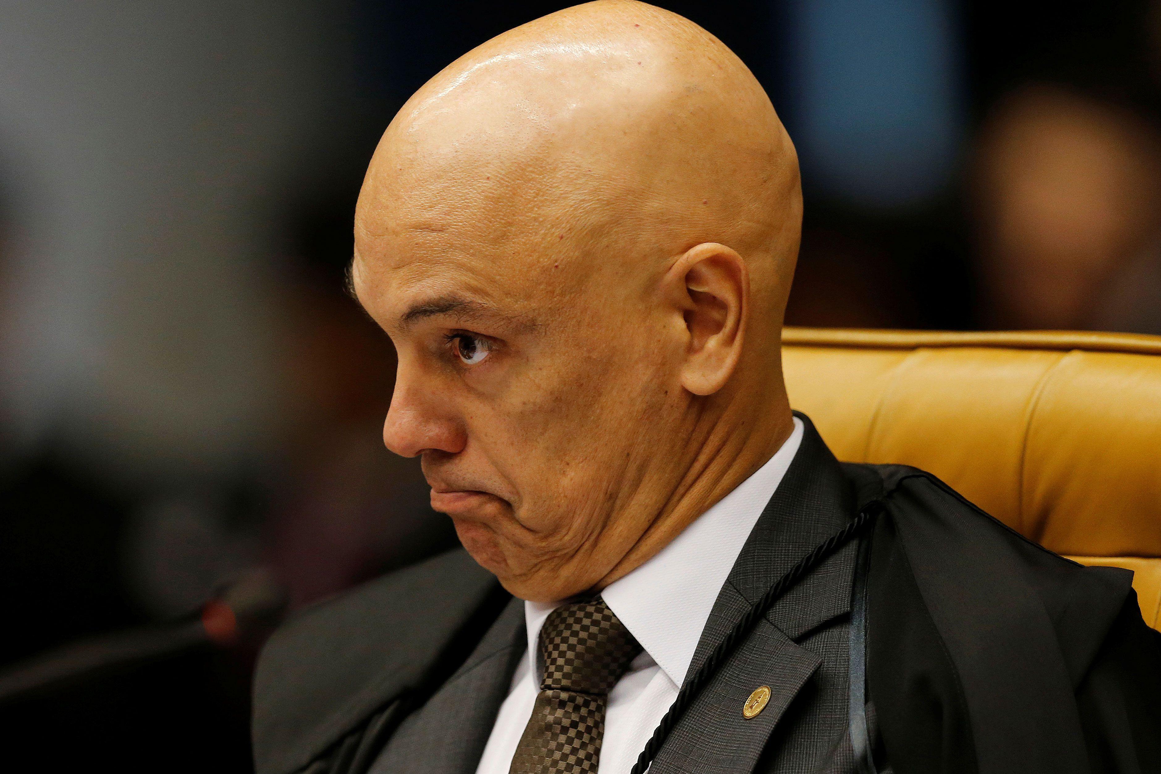 Alexandre de Moraes Procuradores criticam suspenso de investigaes Exame