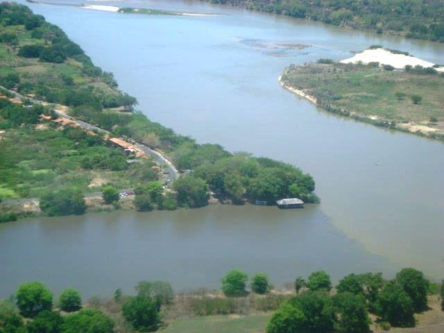 Foto arquivo pessoal Parque Encontro dos Rios Parnaíba e Poti, cidade de Teresina PI.