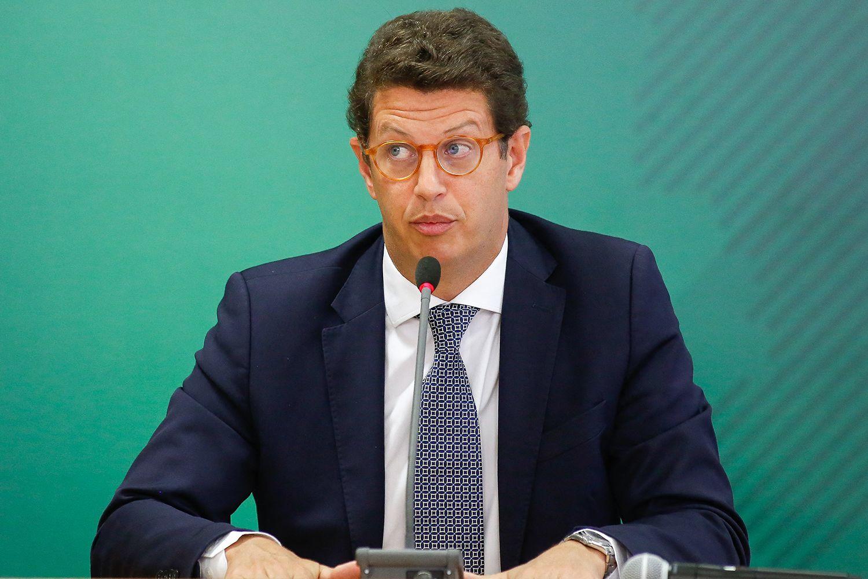 PGR pede que STF abra inqurito contra o ministro Ricardo Salles VEJA