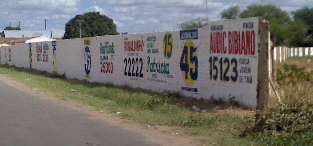Propaganda poltica pintada em muro est proibida