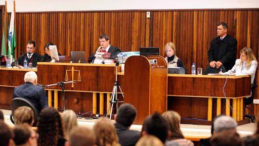 A influncia da mdia no Tribunal do Jri brasileiro Justificando