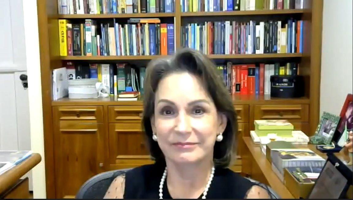 Ministra Maria Cristina Peduzzi na abertura do X Congresso da ABDT