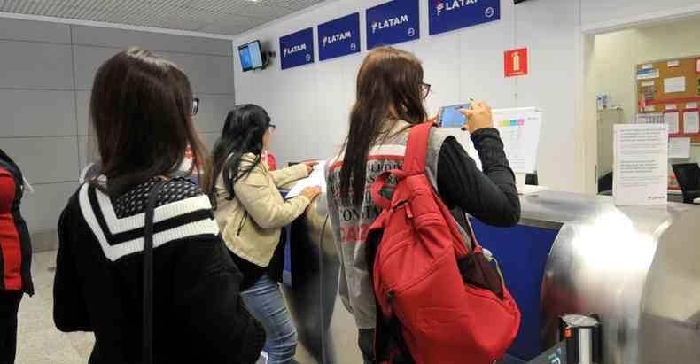 Passageiros com destino onde h coronavrus podem trocar data de embarque foto Jair AmaralEMDA Press u2013 28717