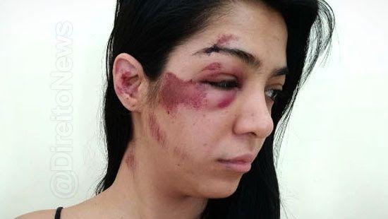 me derrubou desmaiei advogada agressao direito