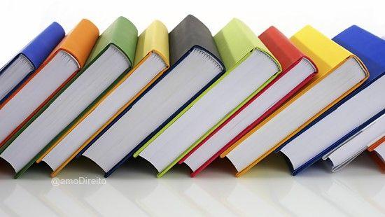 9 Livros Importantes Que Todo Estudante De Direito Deve Ler