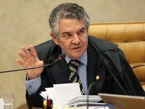 Ministro do STF libera ao que pede abertura de impeachment de Temer