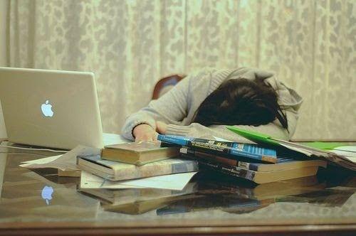 Mas voc s estuda Quando a adversidade e a presso esto dentro de casa