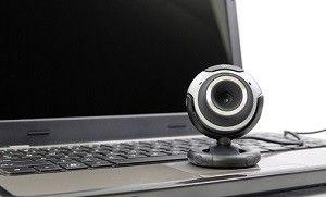 No cuida da moral mulher que posa para fotos ntimas em webcam
